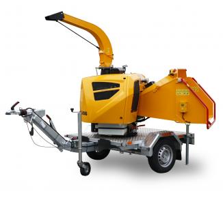 Výkonný štěpkovač na naftu a s brzděným podvozkem se stavitelnou ojí (25 HP) LS 160 DWBS