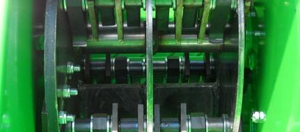 Drtič zahradního odpadu s motorem Honda KDO 90/13