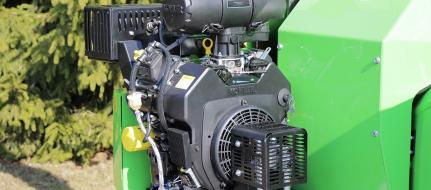 NOVÝ Výkonný štěpkovač na benzín LS 160 P