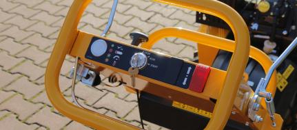 NOVÁ Ruční fréza na pařezy s elektropojezdem F 460 EI
